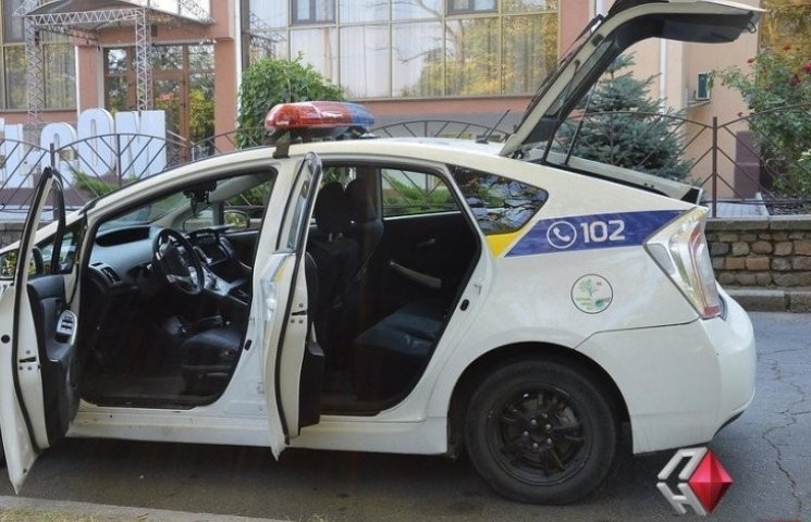 У Миколаєві злочинця, що розстріляв патрульних та кинув гранату, взяли під варту