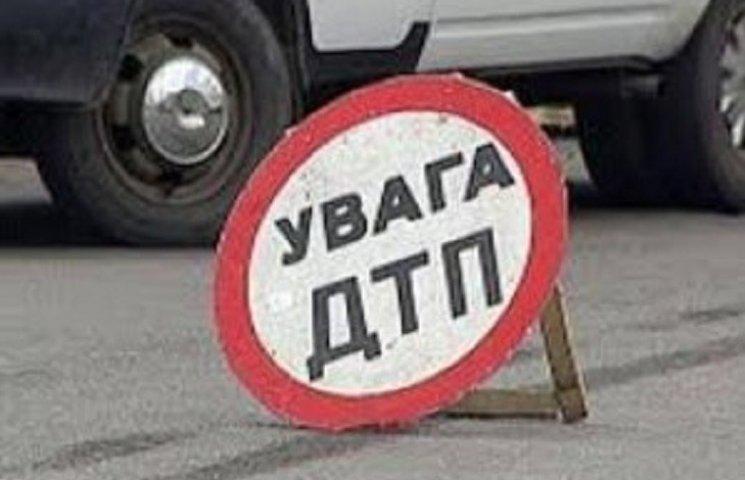 На Запоріжжі потрапив в аварію туристичний автобус - травмовані дев'ять дітей