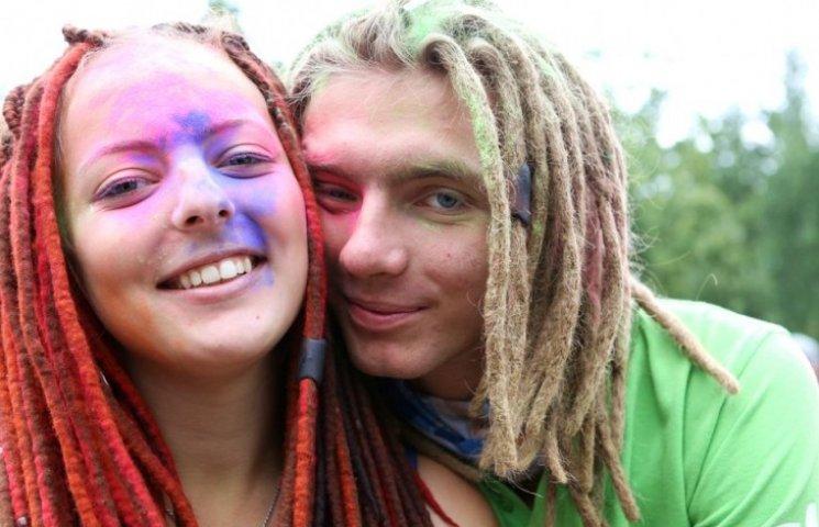 У мелітопольському парку влаштують барвисте свято Холі