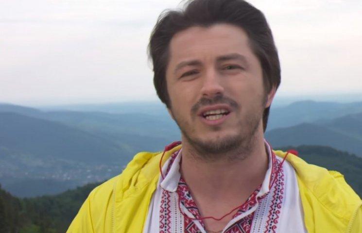 Притула зворушливо привітав Україну з Днем Незалежності