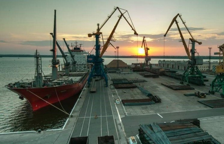 У Миколаєві в спецпорту знайшли труп механіка одного з суден
