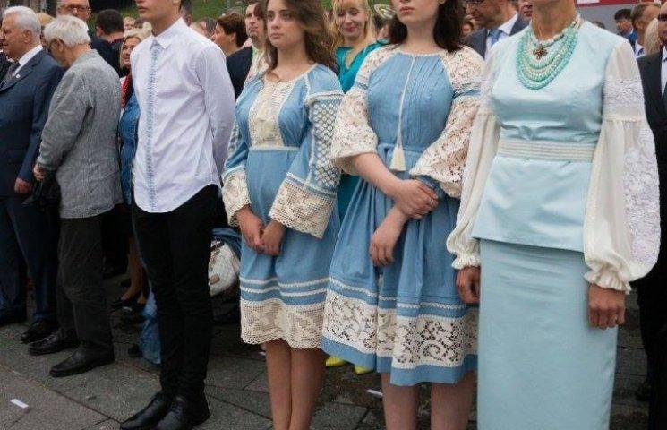 Яке вбрання обрала президентська родина до Дня Незалежності