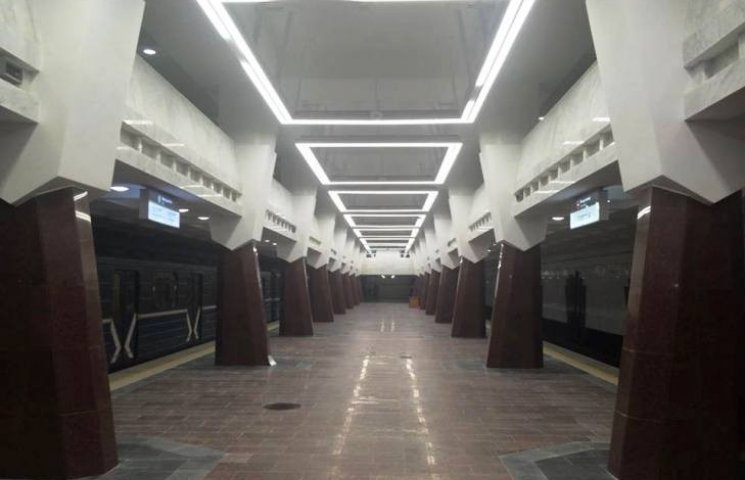 У Кернеса обіцяють сьогодні відкрити для пасажирів нову станцію харківського метро