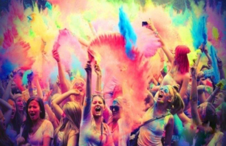 Яскраво-барвистий початок студентського року обіцяє бути в Кам
