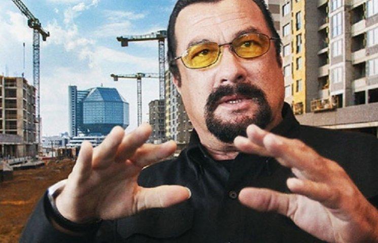 Стивен Сигал купил целый этаж в элитном доме в Минске