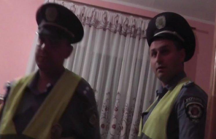 """Водій на Хмельниччині хотів """"відмазатися"""" від поліцейських – тепер їх звинувачує"""