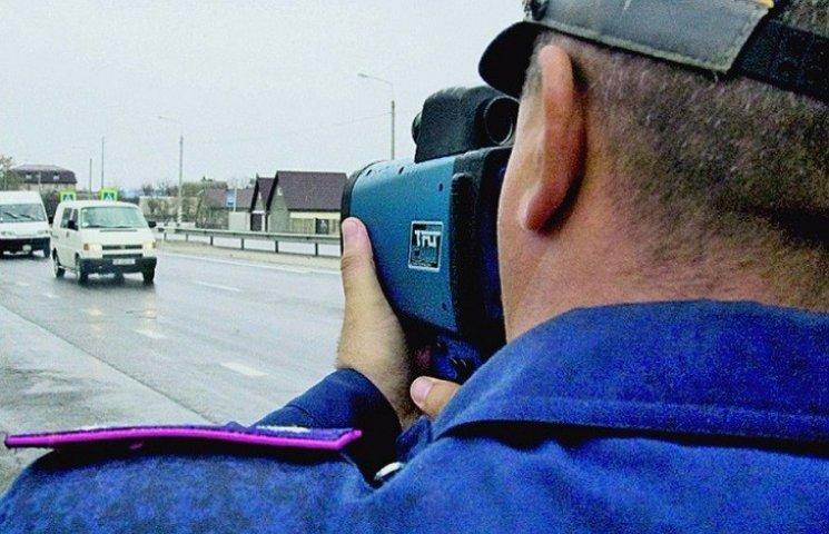 На дороги Хмельниччини до кінця року повернуть радари ДАІ