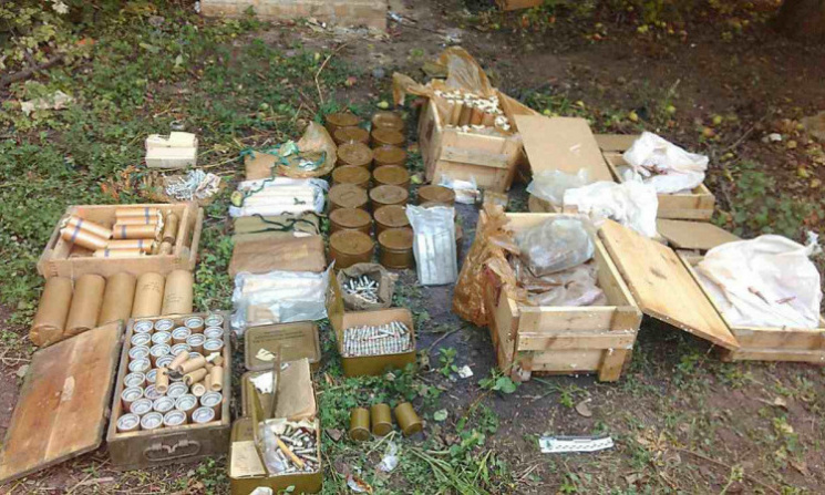 ВДонецкой области милиция изъяла арсенал боеприпасов ивзрывчатки
