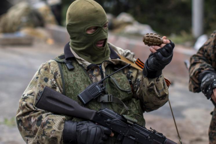 На окупованій Донеччині бойовик підірвав…