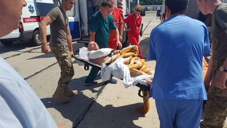 ВОдесу прибув екстрений борт із важкопораненими Героями АТО