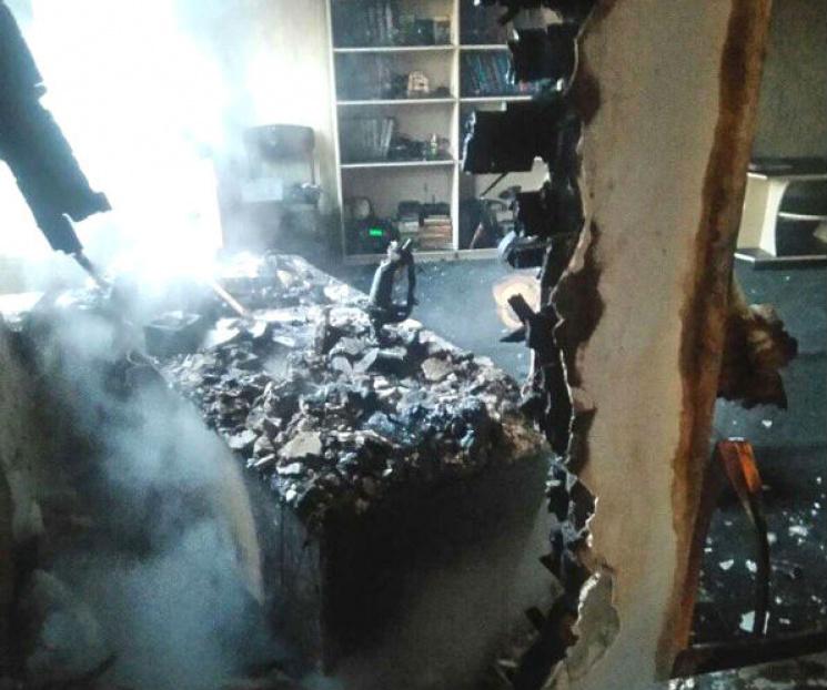У Кременчуці через несправний холодильник загорівся будинок