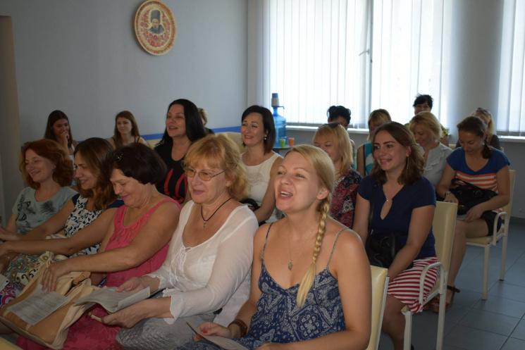 У Дніпропетровській обласній лікарні зібрали волонтерів на обстеження