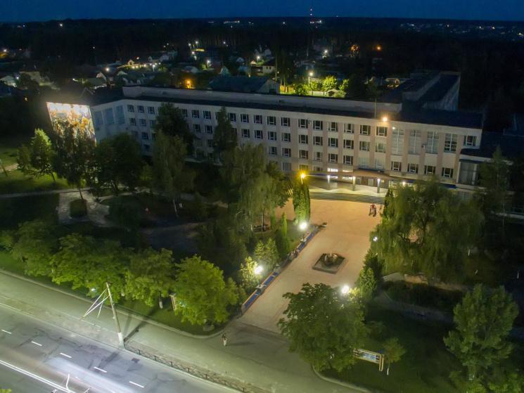Житомирянин пропонує чергову порцію нічних світлин рідного міста