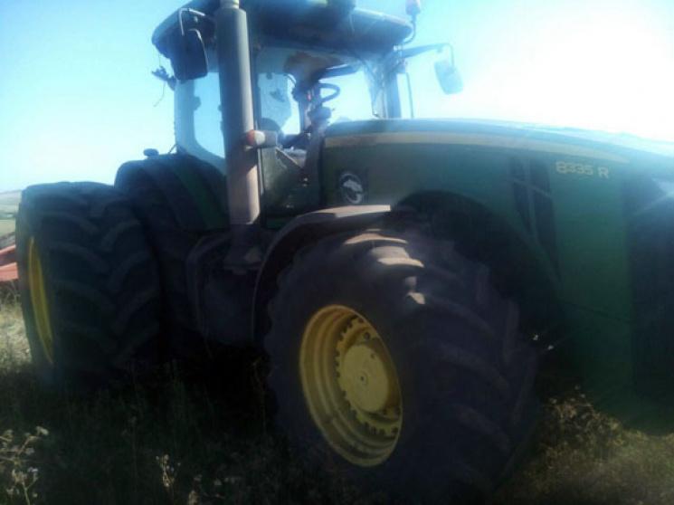 На Донеччині трактор підірвався на міні, постраждав водій
