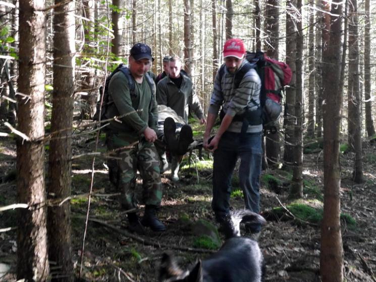 Піднімаючись на Говерлу зламала ногу 20-річна туристка із Києва