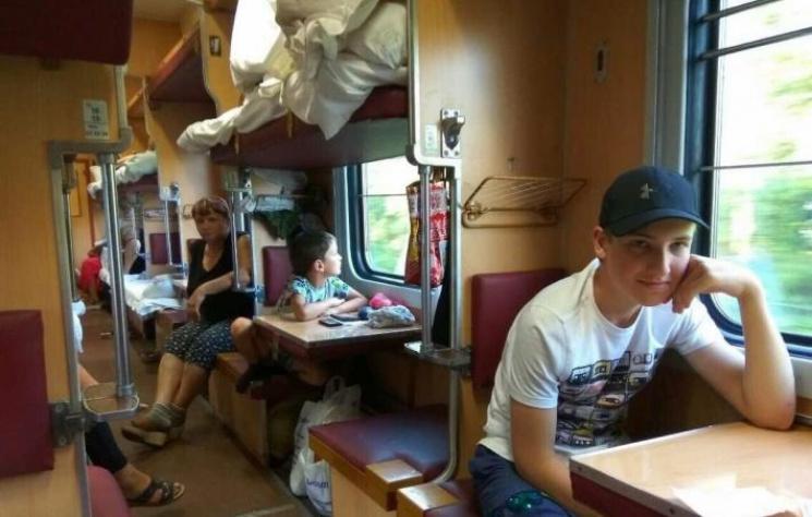 Николая Лукашенко сфотографировали вплацкартном вагоне подороге вШклов