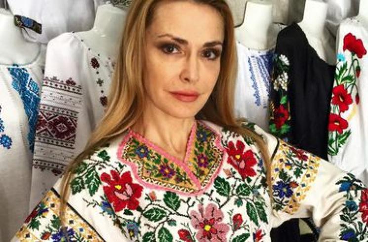 Известная украинская артистка официально подтвердила, что стала бабушкой