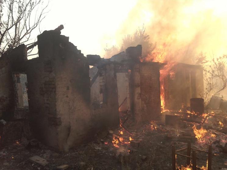 Як палали будинки Зайцевого на п'яти вулицях: Люди залишилися без майна (ФОТО)