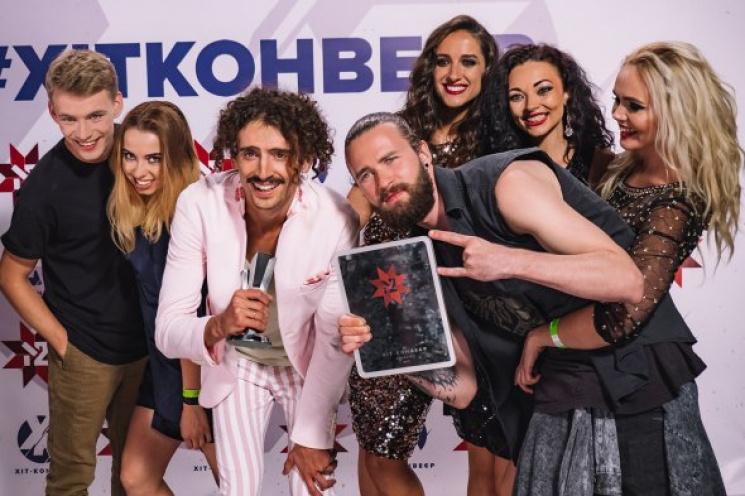 """Харківський гурт з піснею """"Кохайтесь"""" ви…"""
