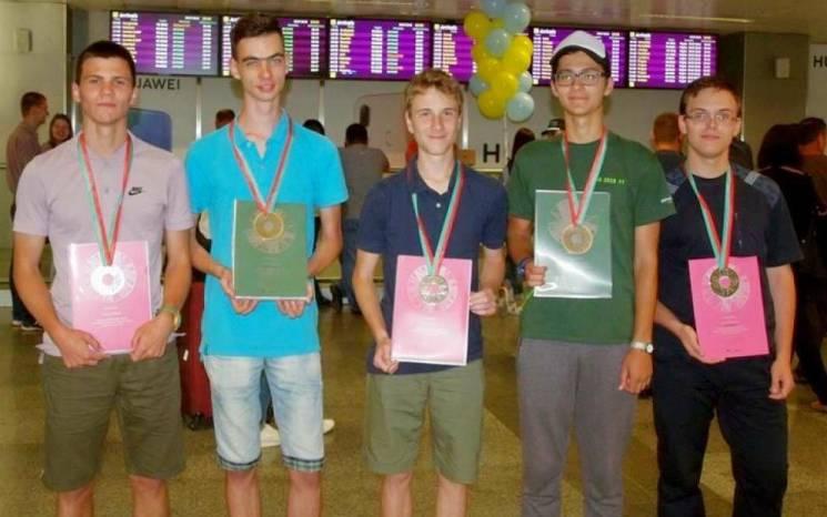 Одесит став срібним призером міжнародної олімпіади з фізики