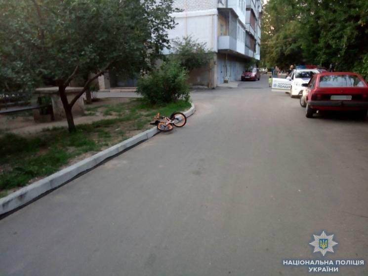 У Миколаєві 13-річний підліток на автівці збив дитину (ФОТО)