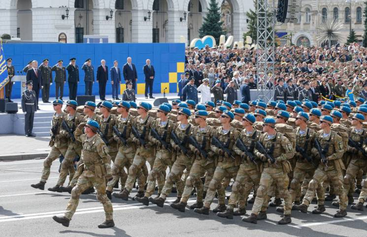 """""""Радянська"""" армія в пікселі: Чому ЗСУ в кадровій небезпеці"""
