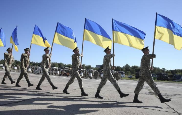 Відео дня: Репетиція Параду незалежності і вчинок української легкоатлетки