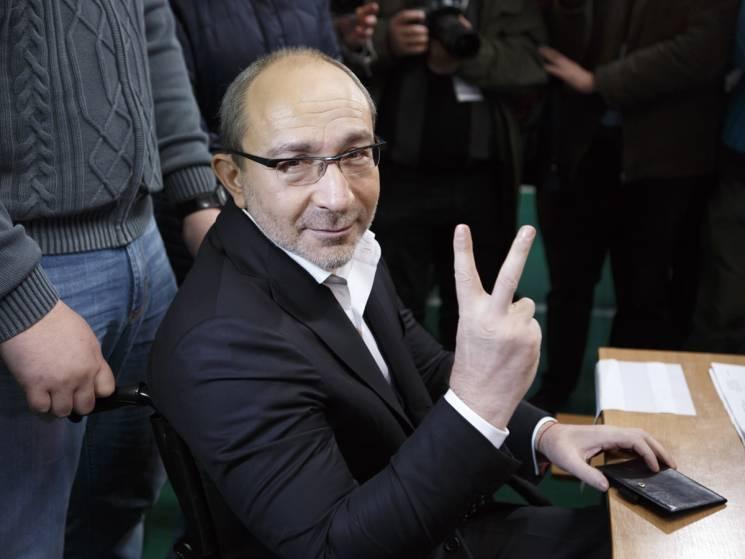 Полтавський суд закрив справу проти Кернеса: Не вистачило доказів (ВІДЕО)