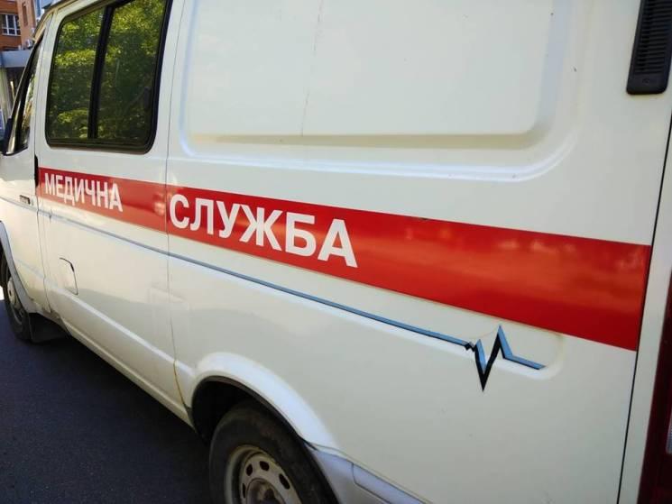 У Полтаві працівника бібліотеки госпіталізували з різаними ранами