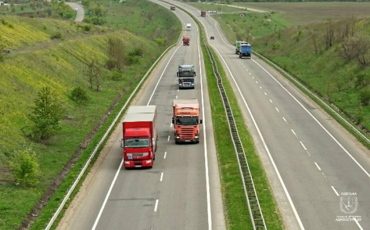 За перегруз вантажівок на Одещині виписали штрафів майже на 18 мільйонів гривень