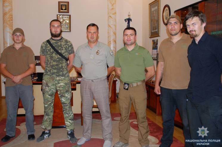 Разом з копами та гвардійцями одеські вулиці патрулюватимуть цивільні