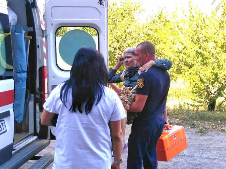На Полтавщині горіла багатоповерхівка, евакуювали шістьох людей (ФОТО)