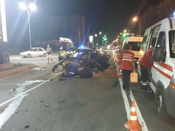 Патрульні розповіли деталі нічної ДТП в Хмельницькому (ФОТО)