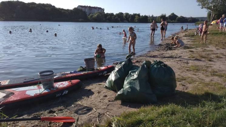 Вінничан закликають зробити береги Південного Бугу чистішими