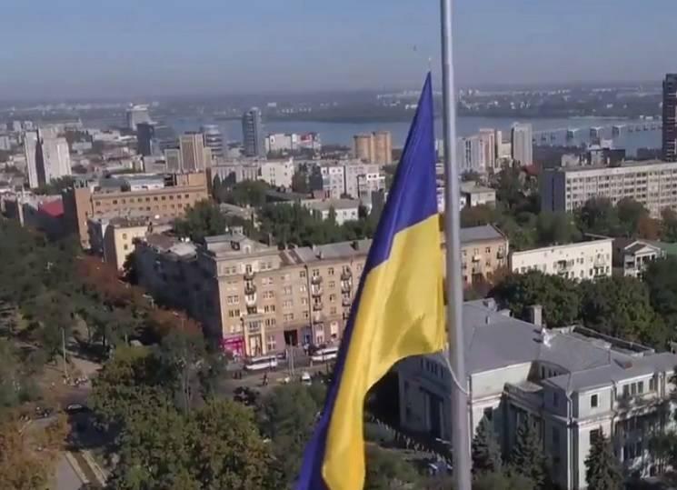 Чим жила Україна: Поховання амазонки, найвищий прапор та спрагла вовчиця