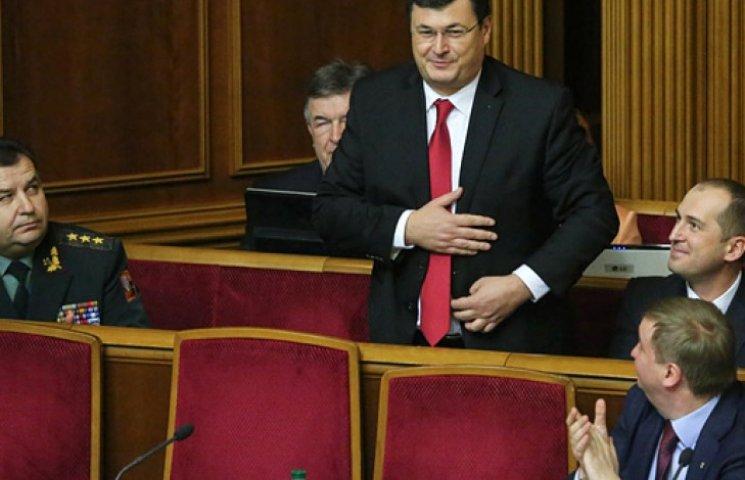 Нові міністри, що прийняли громадянство, не говорять українською, але все розуміють