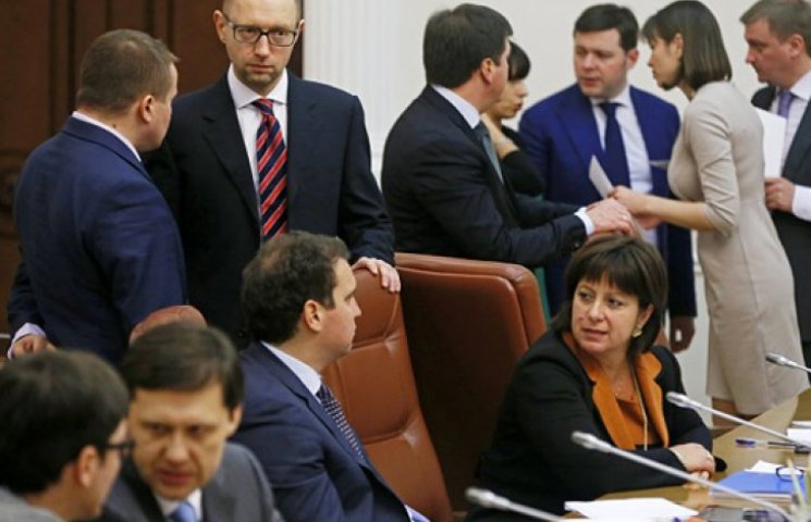 Аваков, жінки і відносини з АП: політологи про «гарячі точки» нового Кабміну
