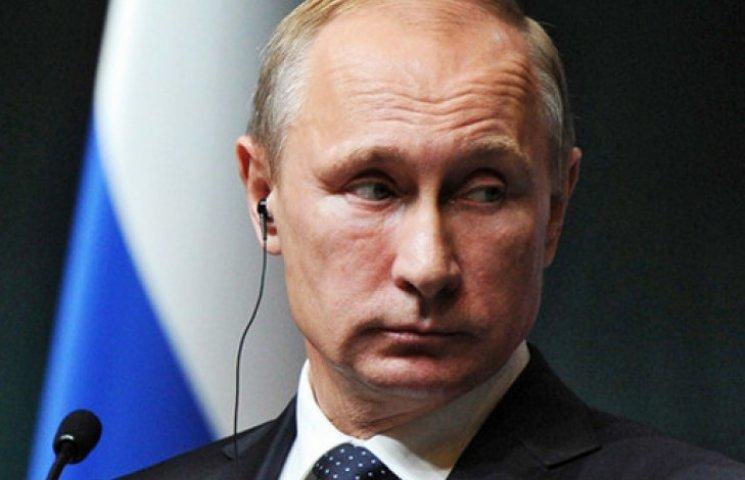 Путін образився, що його послали «куди подалі» через Україну