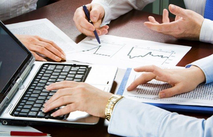 Яценюк обіцяє два роки податкових канікул для малого та середнього бізнесу