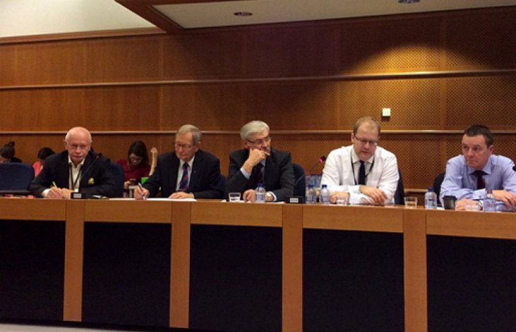 В Европарламенте объединились в группу 50 друзей Украины
