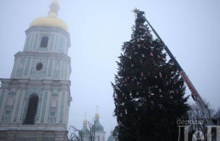 Дефицит бюджета не помешал Кличко найти 2 миллиона на Новый год