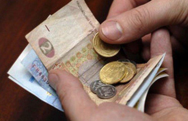 Валютная паника перекинулась на Крым: скупают даже гривню