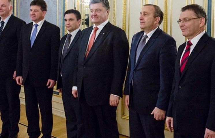 Україна хоче стати ще одним членом Вишеградської четвірки - Порошенко