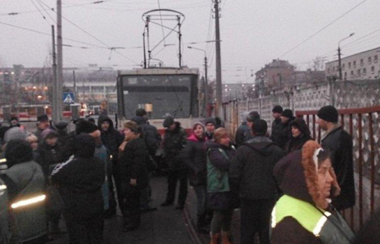 Киевские транспортники объявили забастовку и засели в депо