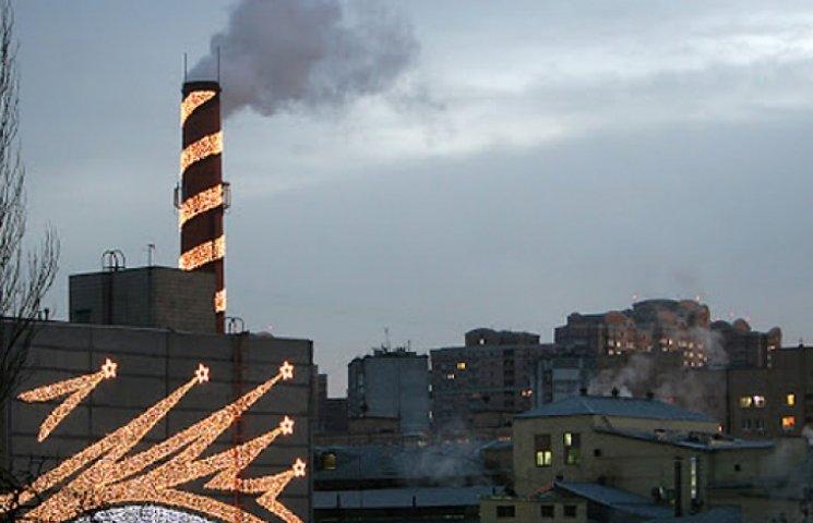 Піввідсотка економії: на «рошенівських» фабриках відключили святкову підсвітку
