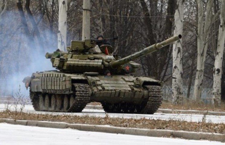 Інфографіка військової техніки, що прибула з РФ на Донбас за два місяці