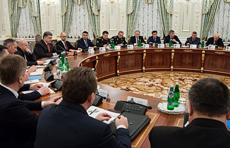 В СНБО рассказали, почему запретили транспортное сообщение с Крымом