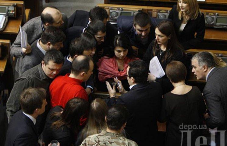 Верховная Рада проголосовала за налоговую реформу и ввела импортный сбор