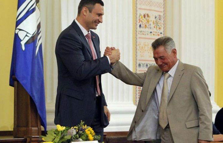 "Чому Кличко подарував МАФи ""королю підземель"" Омельченка"