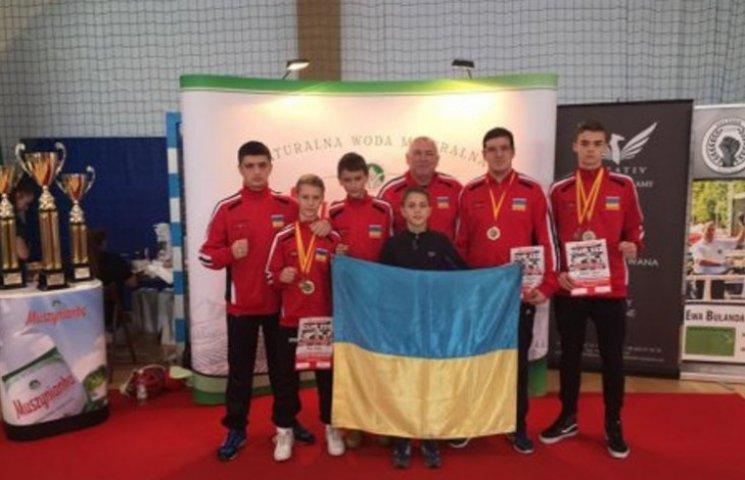 Закарпатські кікбоксери перемогли на міжнародному турнірі у Польщі